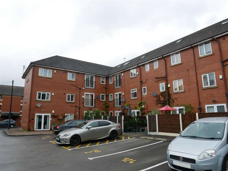 2 Bedrooms Property for sale in Hyde Road, Manchester
