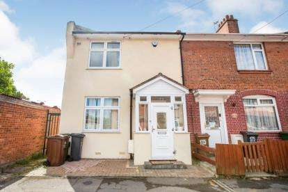 4 Bedrooms House for sale in Barking