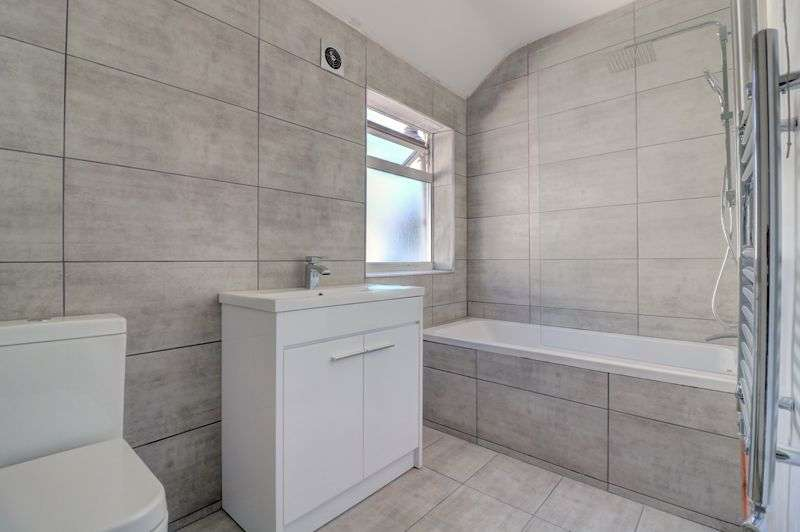 3 Bedrooms Property for sale in Parsons Mead, Croydon