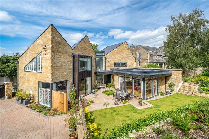 4 Bedrooms Detached House for sale in Old Lane, Ilkley, West Yorkshire