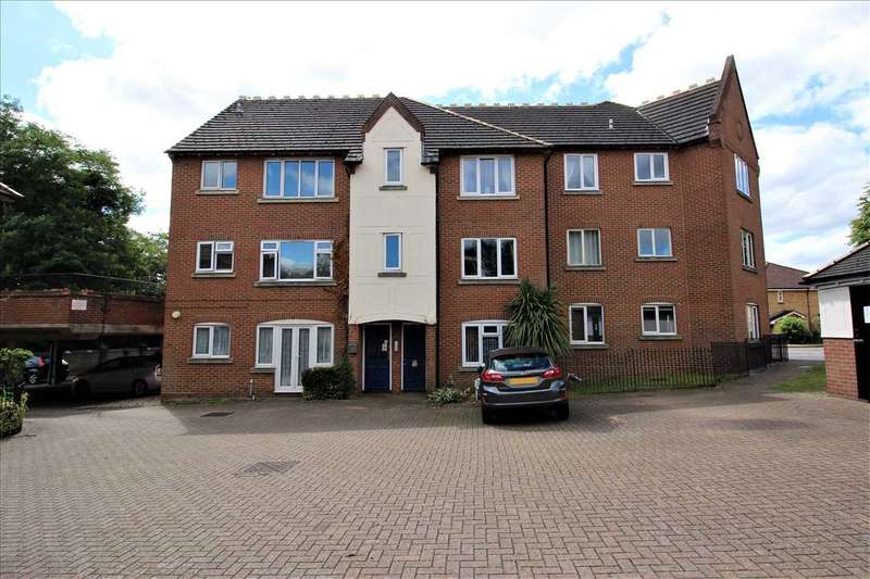 1 Bedroom Apartment Flat for sale in Whitehall Court