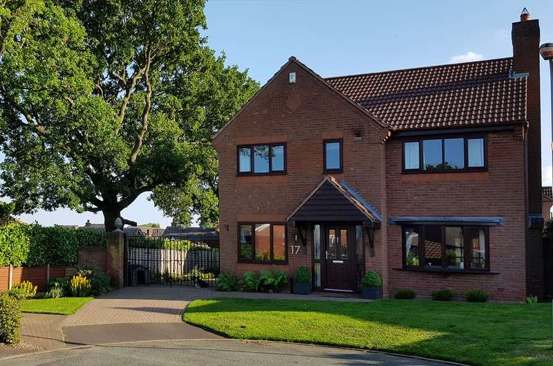 4 Bedrooms Detached House for sale in Scholars Gate, Burntwood, WS7