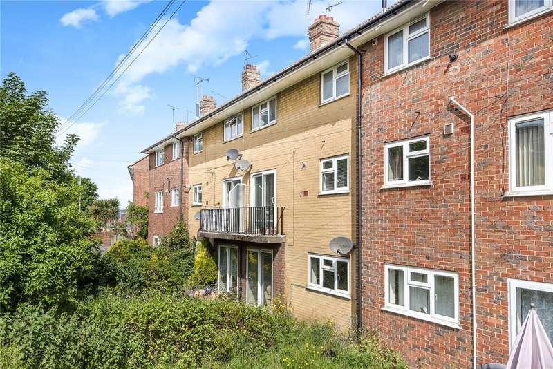 3 Bedrooms Flat for sale in Seal Road, Sevenoaks, Kent
