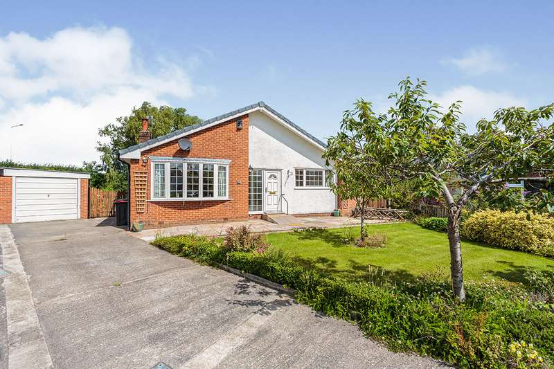 3 Bedrooms Detached Bungalow for sale in Chester Close, Garstang, Preston, PR3