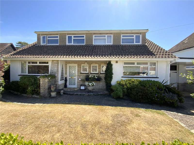 4 Bedrooms Detached Bungalow for sale in Seafield Road, Friars Cliff, Dorset, BH23