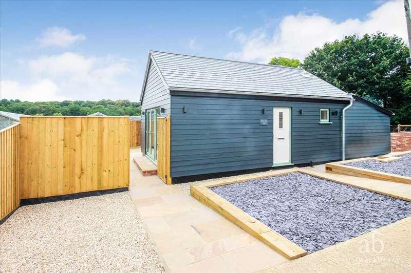 2 Bedrooms Bungalow for sale in Jackson Road, Newbourne, Woodbridge