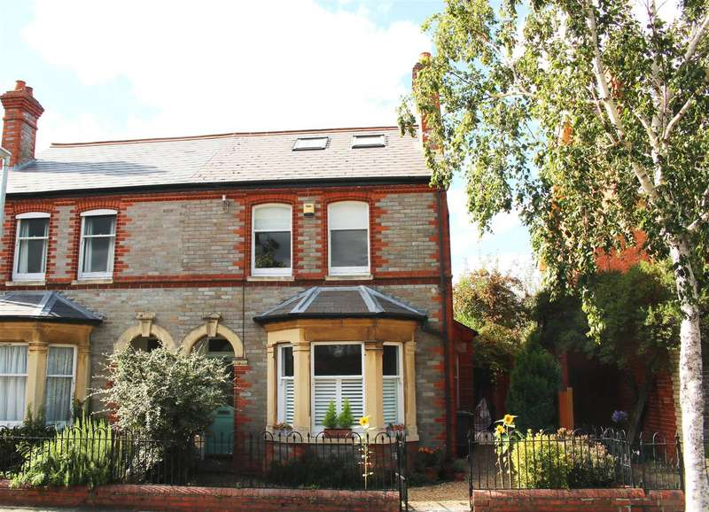 4 Bedrooms Semi Detached House for sale in Marlborough Avenue, Reading