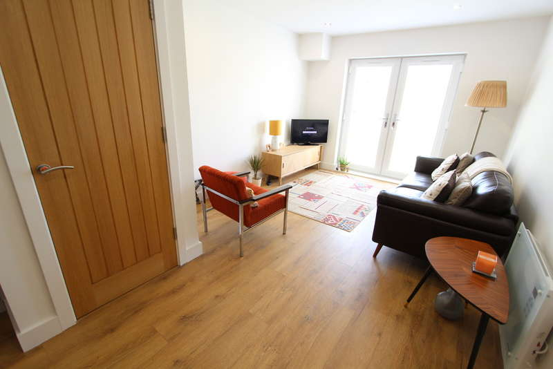 2 Bedrooms Ground Flat for sale in Park View, 14 Fitzalan Road