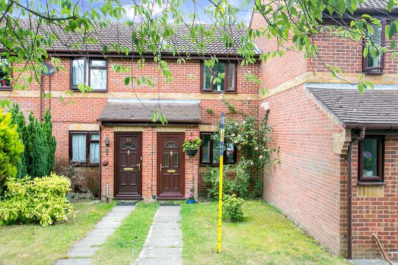 2 Bedrooms Terraced House for sale in Southlands, Chineham, Basingstoke, RG24