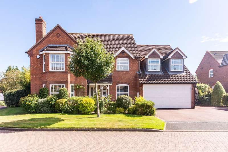 4 Bedrooms Detached House for sale in Deans Slade Drive, Lichfield, WS14