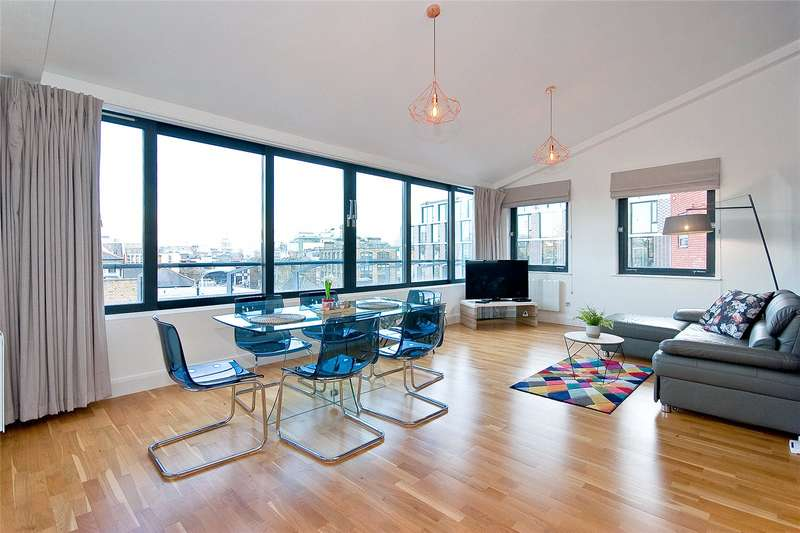 2 Bedrooms Penthouse Flat for rent in Bowling Green Lane, Clerkenwell, London, EC1R