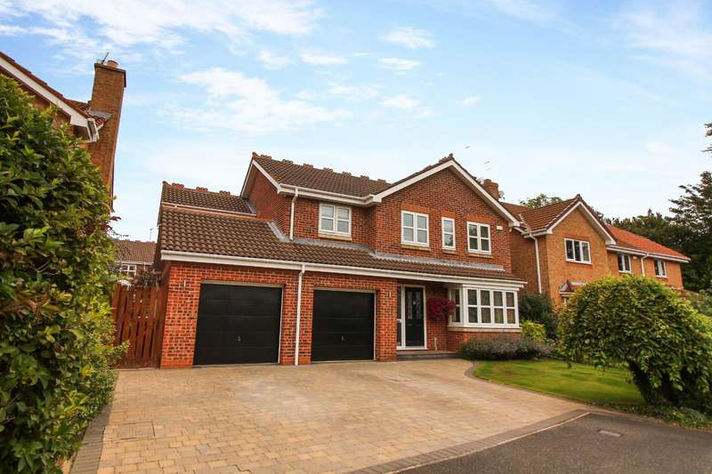 4 Bedrooms Detached House for sale in Muirfield, Whitley Bay