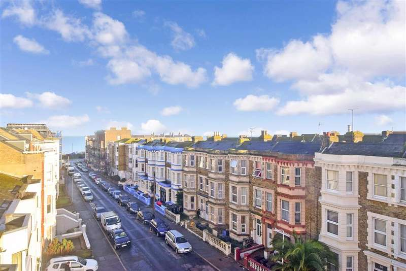 2 Bedrooms Flat for sale in Edgar Road, , Cliftonville, Margate, Kent