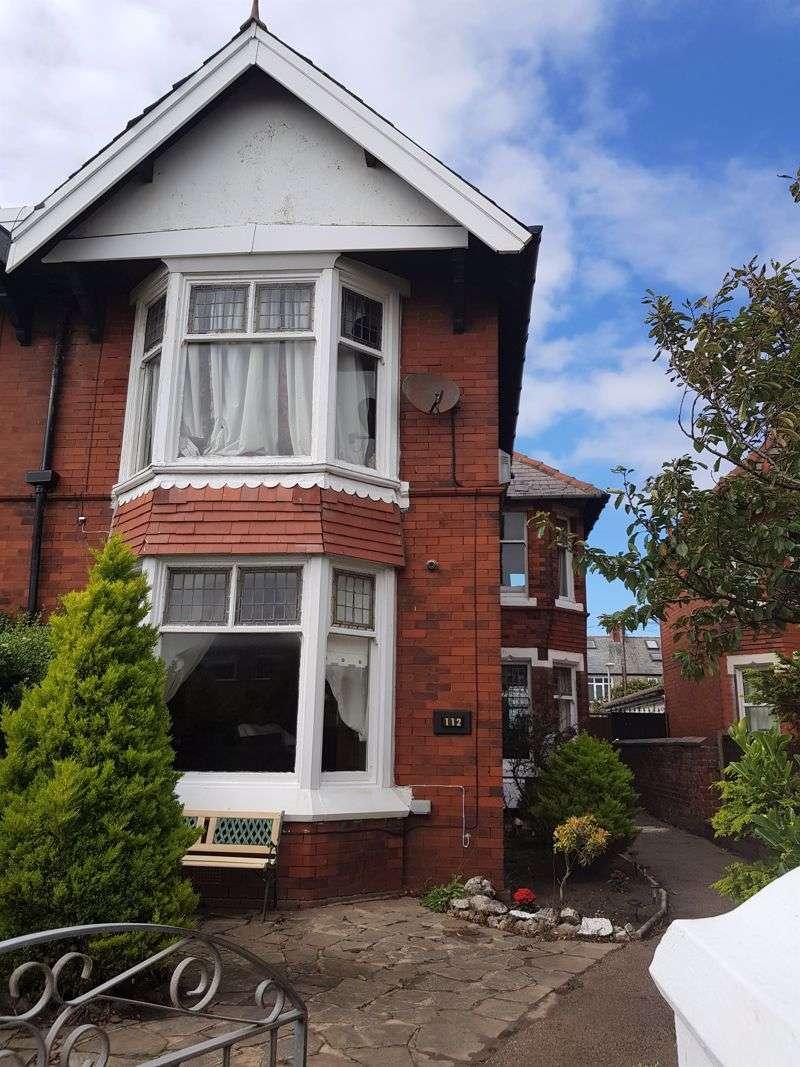 4 Bedrooms Property for sale in Harrowside, Blackpool