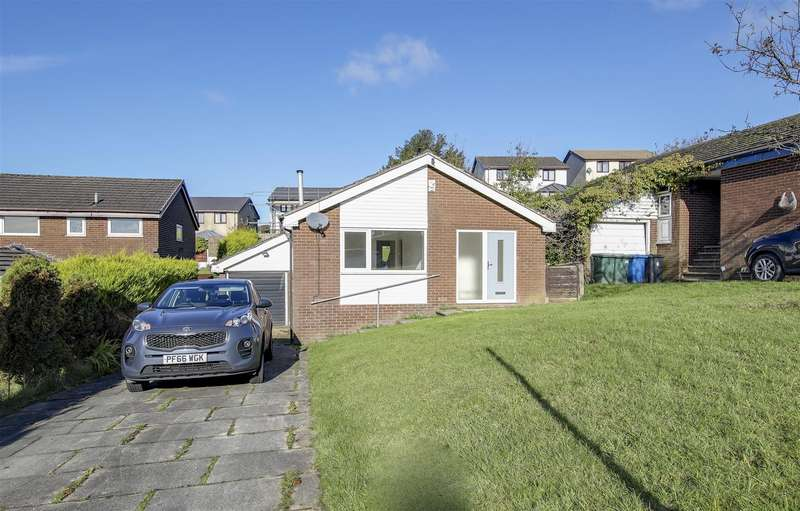 3 Bedrooms Detached Bungalow for sale in Greave Close, Constable Lee, Rossendale
