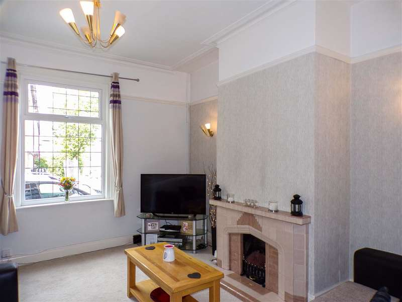 2 Bedrooms Terraced House for sale in Oswald Road, Ashton, Preston
