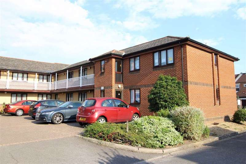 2 Bedrooms Retirement Property for sale in Old Canal, Southsea