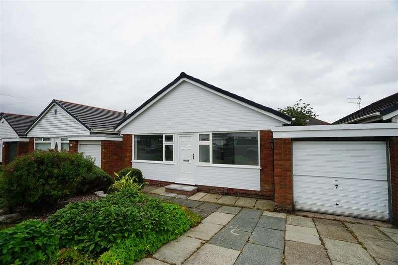 2 Bedrooms Detached Bungalow for sale in Heathfield Drive, Morris Green, Bolton