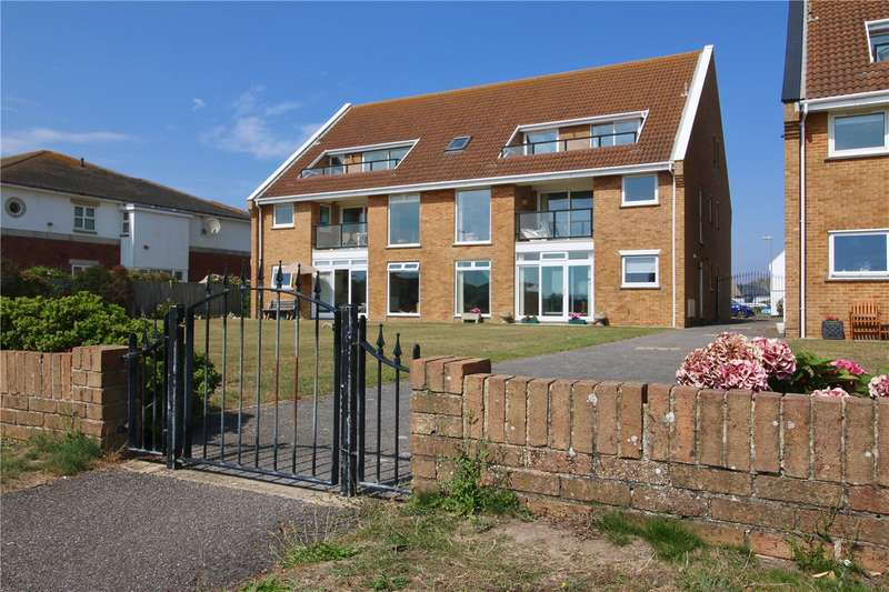 2 Bedrooms Flat for sale in Manderley, Milford On Sea, Hampshire, SO41
