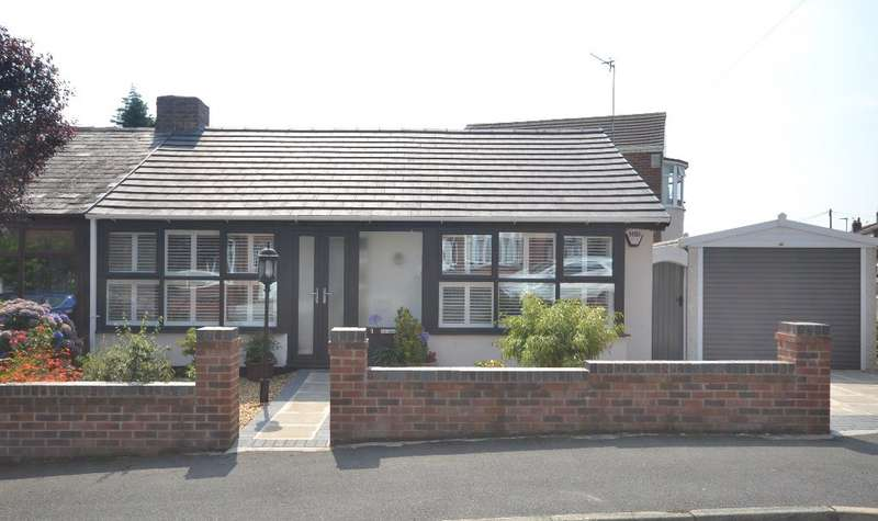 2 Bedrooms Bungalow for sale in St Stephens Avenue, Whelley, Wigan, WN1 3UQ