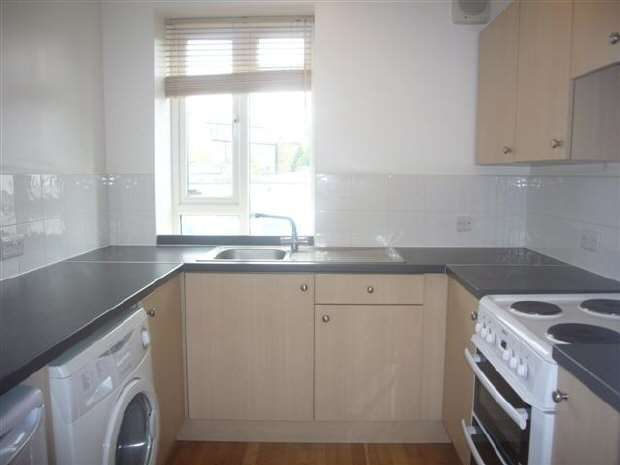 2 Bedrooms Flat for rent in Sydenham Rd, London, SE26