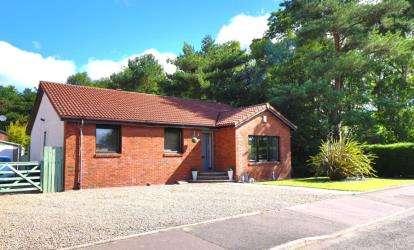 4 Bedrooms Bungalow for sale in Auchavan Gardens, Glenrothes