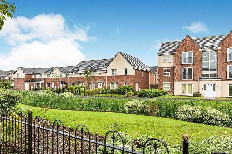 3 Bedrooms Semi Detached House for rent in Baker Close, Buckshaw Village, Chorley, PR7