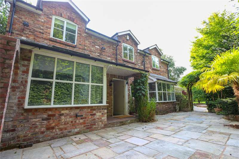 3 Bedrooms Detached House for sale in Oak Road, Didsbury, Manchester, M20