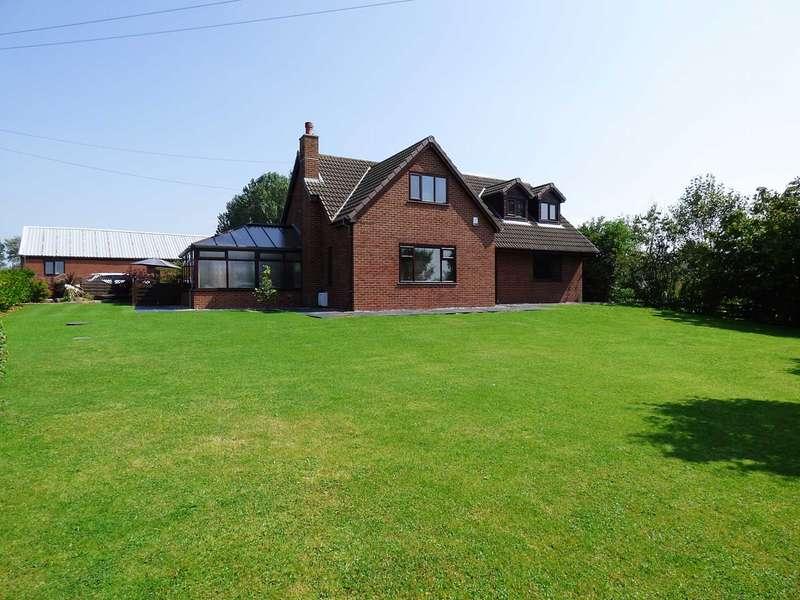 4 Bedrooms Detached House for sale in Peel Road, Peel