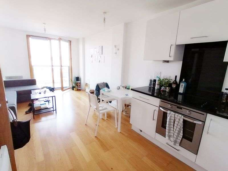 1 Bedroom Property for sale in Dock Head Road, Chatham