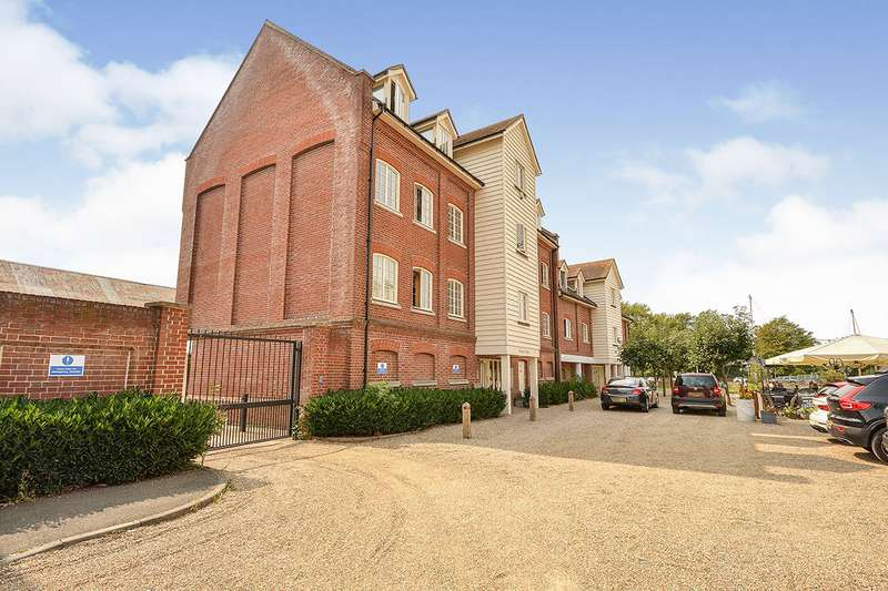 2 Bedrooms Apartment Flat for sale in Belvedere Wharf, Belvedere Road, Faversham, Kent, ME13