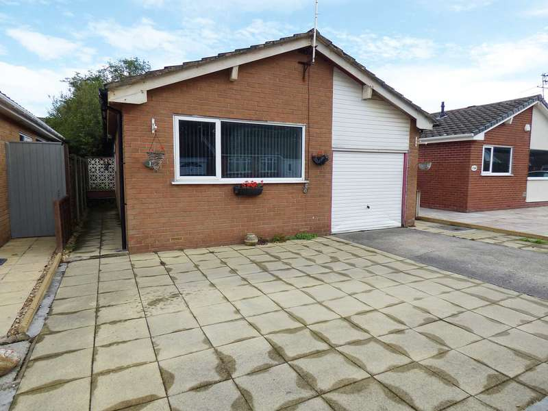 2 Bedrooms Detached Bungalow for sale in Gregory Place, South Park, Lytham