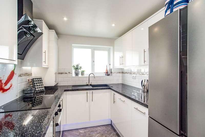 1 Bedroom Maisonette Flat for sale in Waveney, Hemel Hempstead, Hertfordshire, HP2