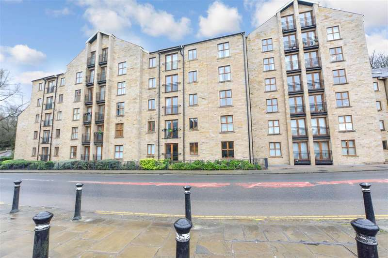 1 Bedroom Apartment Flat for sale in Lune Square, St Georges Quay - this is also a superb air bnb!