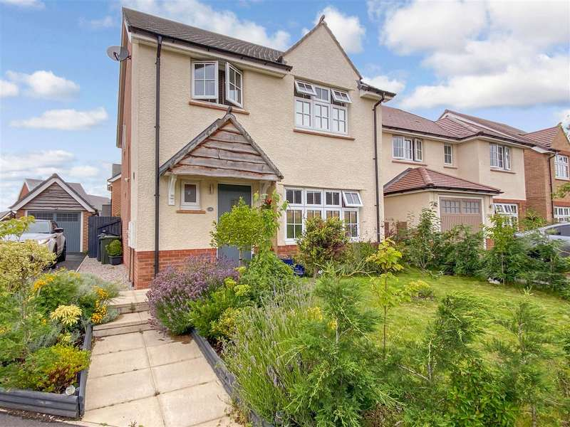 4 Bedrooms Detached House for sale in Nairn Road, Lancaster