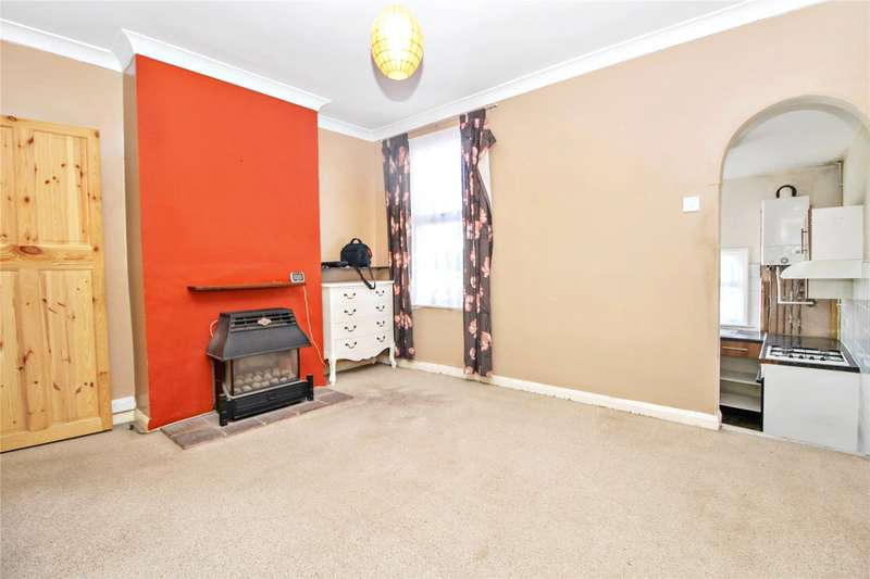 2 Bedrooms End Of Terrace House for sale in Queens Road, Chatham, Kent, ME5