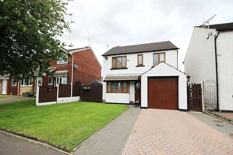 4 Bedrooms Detached House for sale in Milking Lane, Lower Darwen, Darwen, BB3