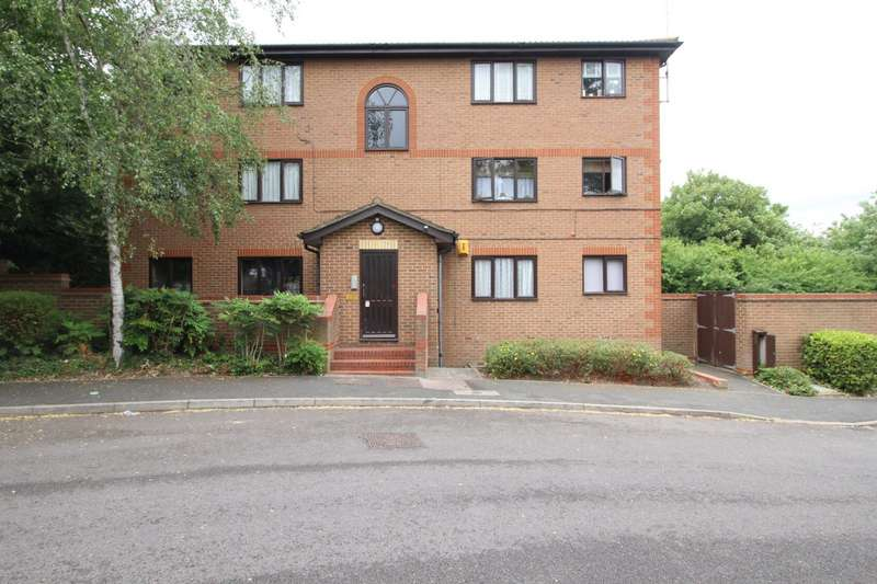 1 Bedroom Apartment Flat for sale in Winston Close, Greenhithe, Kent, DA9