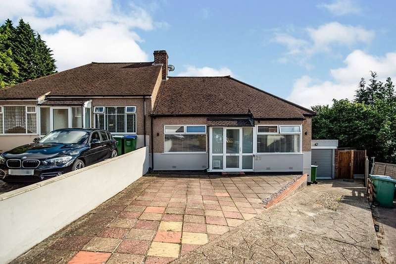 2 Bedrooms Semi Detached Bungalow for sale in Doris Avenue, Erith, DA8