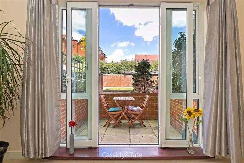 2 Bedrooms Property for sale in London Road, St. Albans, Hertfordshire - AL1 1LB