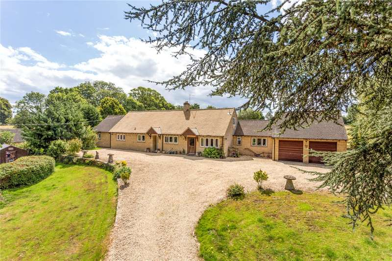 4 Bedrooms Detached House for sale in Charlton Road, Tetbury, Gloucestershire, GL8