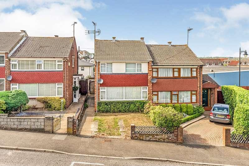 3 Bedrooms Semi Detached House for sale in Lower Woodlands Road, Gillingham, Kent, ME7