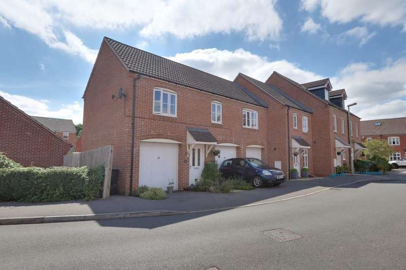 2 Bedrooms Maisonette Flat for sale in Kirby Drive, Bramley