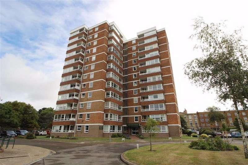 2 Bedrooms Flat for sale in Blount Road, Pembroke Park, Old Portsmouth