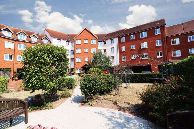1 Bedroom Property for sale in Tylers Ride, Chelmsford, CM3 5ZT