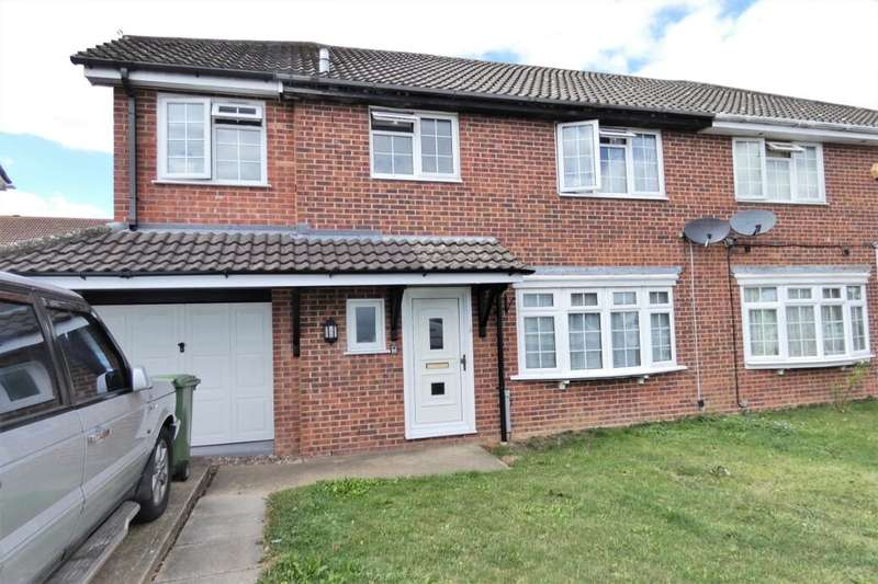 4 Bedrooms Semi Detached House for sale in The Meade, Hawkinge, Folkestone, CT18