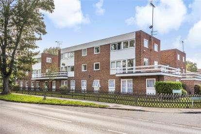 3 Bedrooms Maisonette Flat for sale in Sevenoaks Road, Orpington