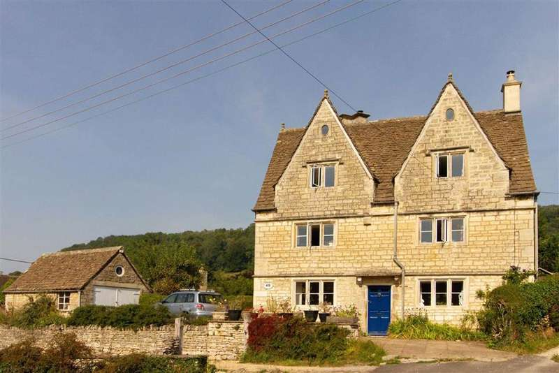 5 Bedrooms Detached House for sale in The Street, Uley, GL11