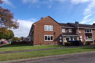 2 Bedrooms Flat for rent in Abbotts Road, Tidworth SP9