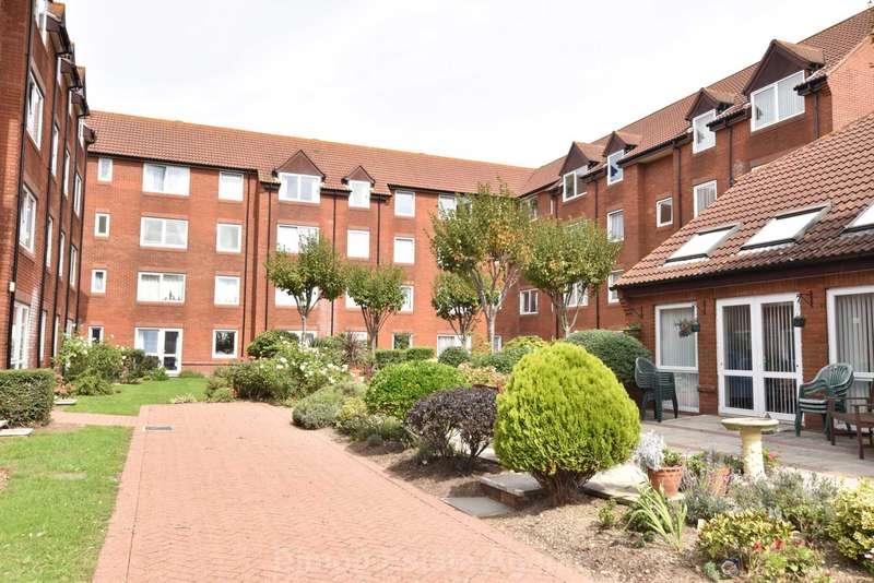 1 Bedroom Retirement Property for sale in Stoke Road, Gosport